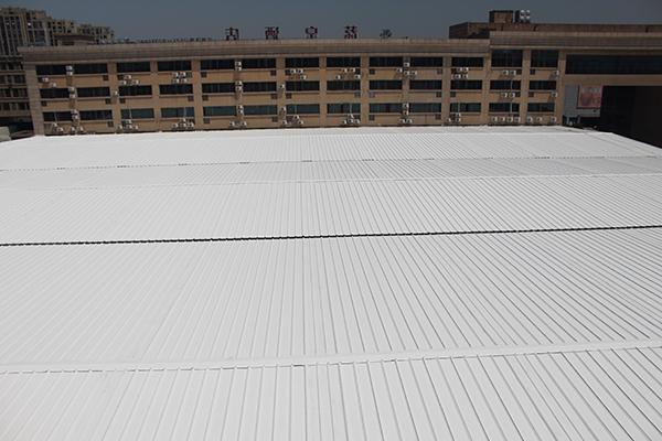 彩钢瓦屋面喷涂除锈翻新维护方案